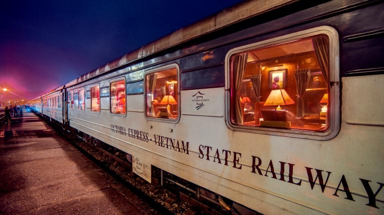 Tau Victoria Express